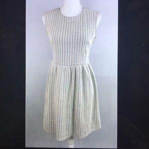 Loft B&W sleeveless stretch career dress